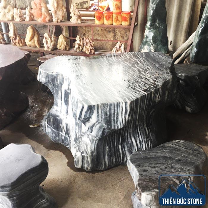 Bộ bàn ghế đá tuyết sơn | Bàn ghế đá tự nhiên nguyên khối