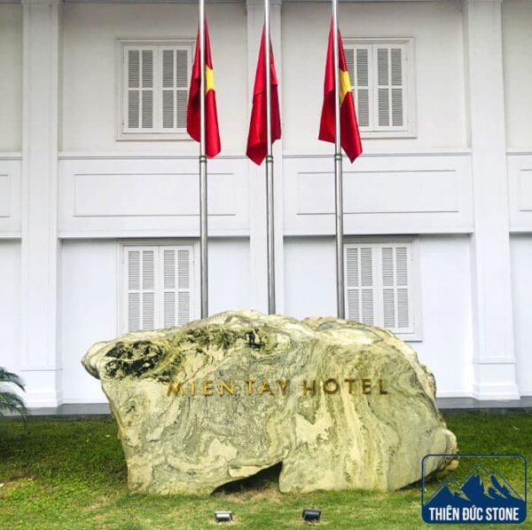bảng hiệu đá tự nhiên | Thiên Đức Stone