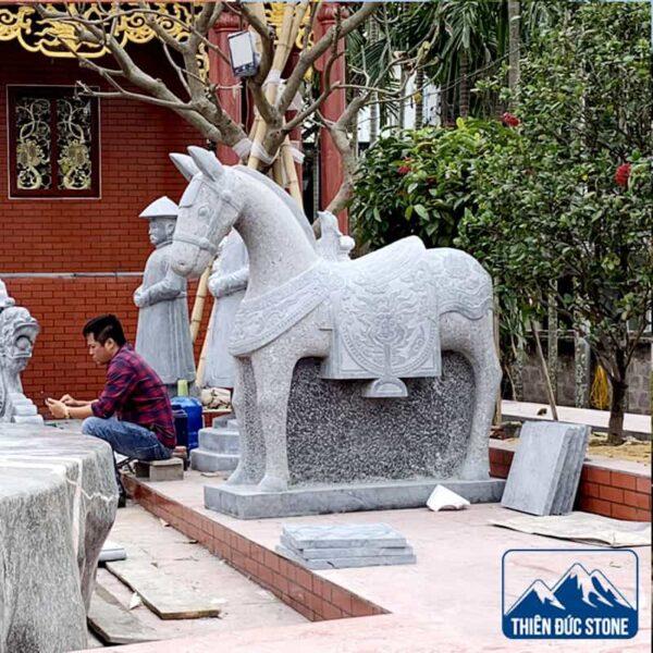 Tượng ngựa đá phong thủy | Thiên Đức Stone