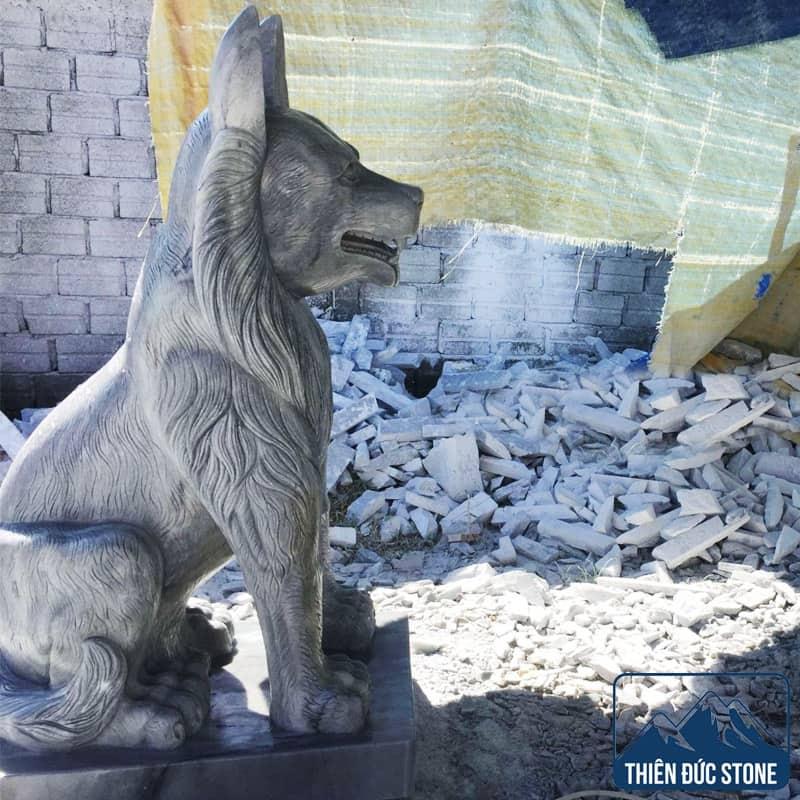 Tượng chó đá đẹp | Thiên Đức Stone